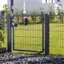 Einflügelige Tore