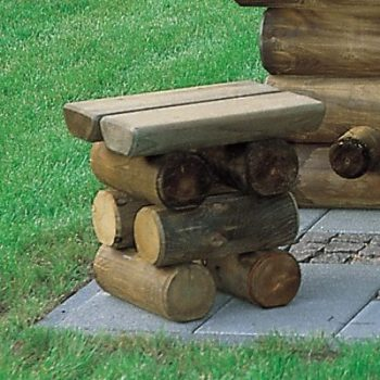 Hocker aus Holz
